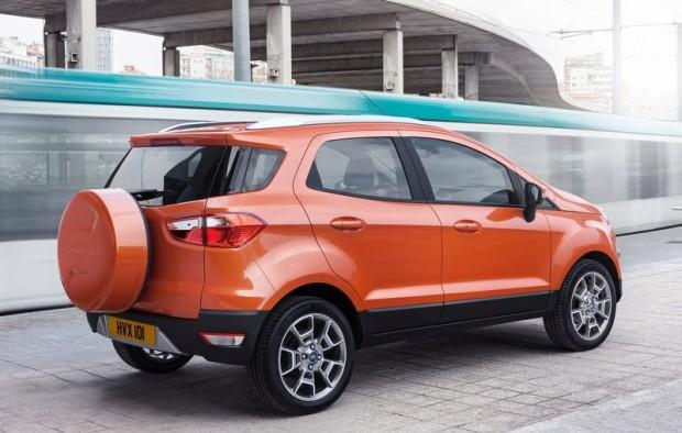 Ford-EcoSport_EU-Version_2014_800x600_wallpaper_14