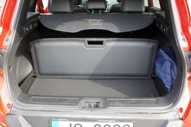 Bagāžas nodalījuma organizācija nudien gan ērta, gan praktiska