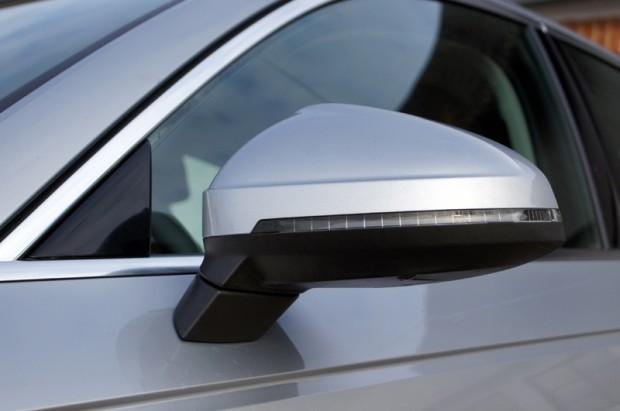 Sportiski sānskata spoguļi ir tikai viens viens no elementiem, kas auto izskatu padara dinamisku