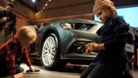 """Ceturtdien, 10.martā Rīgā, izstāžu zālē """"H₂O 6"""" ar jautru burziņu tika nosvinēta amerikāņu kulta auto """"Ford Mustang"""" jaunākās paaudzes modeļa..."""
