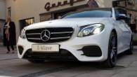 """Pirmdien, 11.aprīlī """"Mercedes-Benz"""" pilnvarotais pārstāvis """"Domenikss"""" nozares mediju pārstāvjiem Rīgā bija sarīkojis jaunās paaudzes """"Mercedes-Benz E-Class"""" pirmizrādi Latvijā. Tā tiešām..."""
