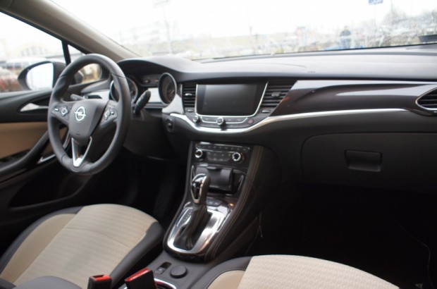 17-Opel Astra