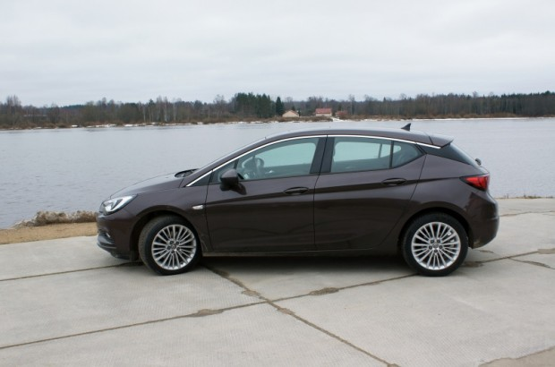 26-Opel Astra