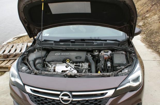 3-Opel Astra