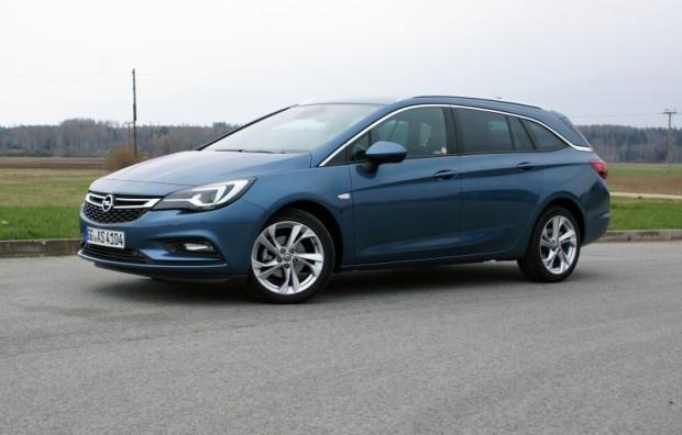 48-Opel Astra ST