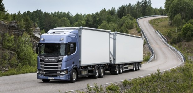 Aizvadītajā nedēļā Hanoverē, Vācijā atklātajā starptautiskajā komerctransporta izstādē IAA Commercial Vehicle Show tika paziņots jaunais Truck of the Year 2017...