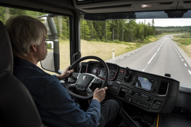 11-New Scania R un S