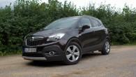 """1.septembrī pasauli aplidoja ziņa, ka """"Opel"""" rūpnīcā Spānijā jau sākusies jaunā krosovera """"Mokka X"""" ražošana, bet jūlijā ražotāja pārstāvji Latvijas..."""