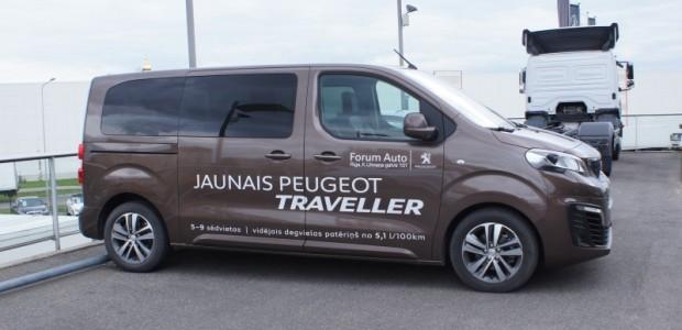 01-peugeot-traveller