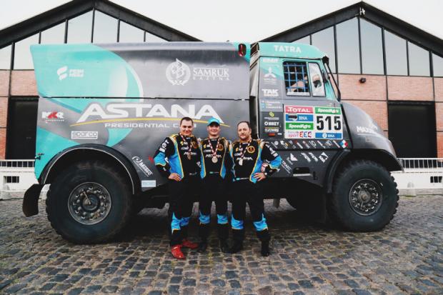 """Artūrs Ardavičs (no labās) ar komandas biedriem vēl """"Tatra"""" laikos"""