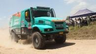 """Holandiešu vienība """"Team Petronas De Rooy IVECO"""" atkal gatavojas doties uz Dienvidamerikā notiekošo Dakāras rallijreidu ar trim ekipāžām, lolojot visaugstākās..."""