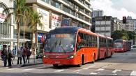 """Zviedru kompānija """"Volvo"""" Riodežaneiro (Brazīlijā) notikušajā izstādē """"FetransRio"""" pārstiedza apmeklētājus, prezentējot neparasti garu autobusa šasiju. Kā skaidro uzņēmuma pārstāvji, izmantojot..."""