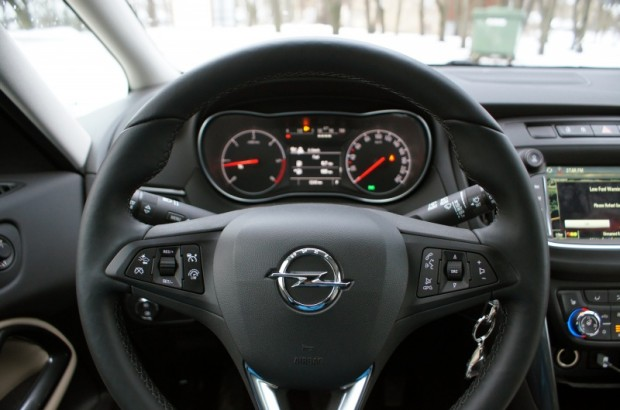 9-Opel Zafira with OnStar