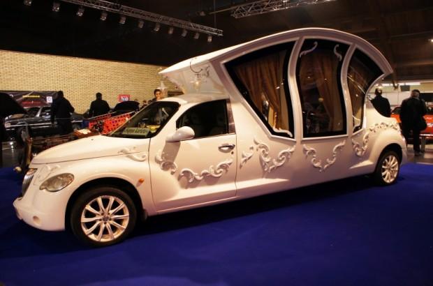 Krievijā tapusi kāzu kariete