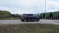 8-Audi Q7 e-tron