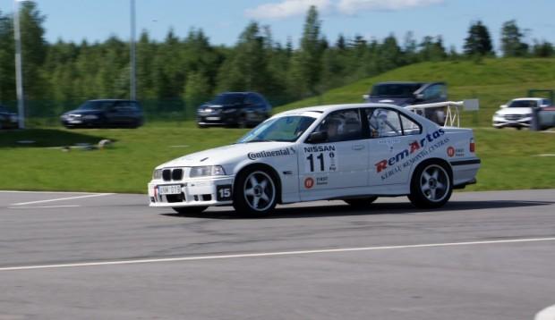 Pauļus Vaļukjavičs/Marija Vaļukjavičiene (BMW 330i)