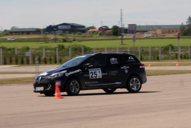 Ainārs Zariņš/Daiga Zariņa (Renault Clio GrandTour)