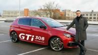 """Ja apmeklēsiet """"Peugeot"""" pārstāvju autosalonus vai pat tikai interneta vietnes, noteikti uzdursieties uzkrītošiem uzrakstiem 'Jaunais Peugeot 308'. Patiesībā tā ir..."""