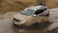 """Pirms astoņiem gadiem koncerna """"Renault"""" izlolotais budžeta klases krosovers """"Dacia Duster"""" par spīti zināmai sākuma skepsei pat pārtikušajā Rietumeiropā guva..."""