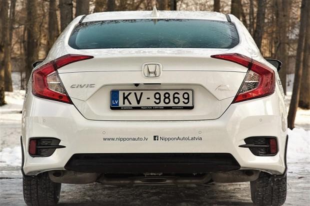 17-Honda Civic Sedan