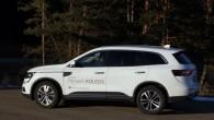 """Varētu, protams, izvērst diskusiju par tēmu, kurš automobilis tagad pelnījis """"Renault"""" modeļu flotes flagmaņa statusu. Lielais krosovertipa minivens """"Espace"""", vidējās..."""