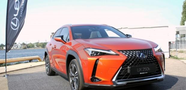 1-Lexus UX prezentacija