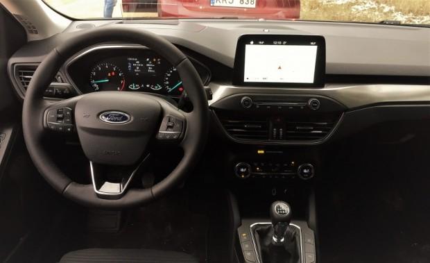 17-Ford Focus 2019