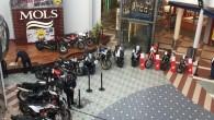 """Pirmdien, 8.aprīlī Rīgā, tirdzniecības centra """"Mols"""" foajē tika iekārtota ikgadējā jauno motociklu konkursa """"Latvijas Gada motocikls 2019"""" ekspozīcija. Attiecīgi –..."""