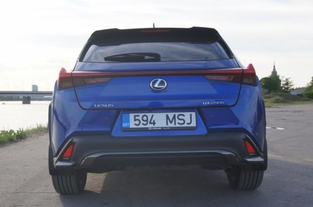 27-Lexus UX_24.05.2019