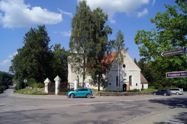 Ļoti nozīmīgs objekts ir arī Raunas luterāņu baznīca.