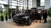 """Starp divdesmit četriem automobiļiem, kas pasaules līmeņa pirmo izrādīšanu piedzīvoja šā gada marta beigās Ņujorkas autošovā bija arī """"Mercedes-Benz GLS""""..."""