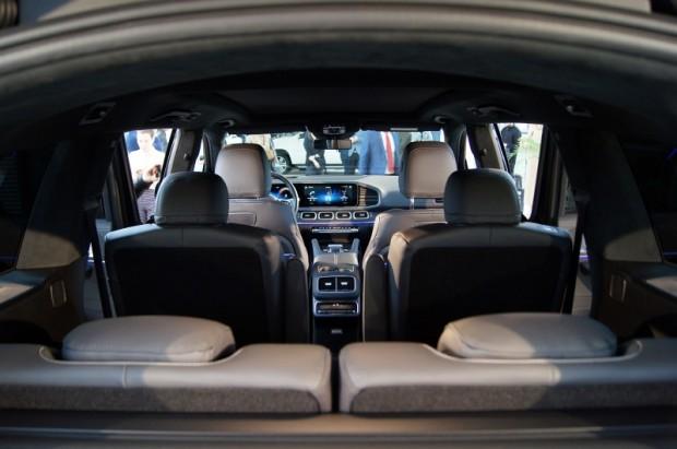 14-Mercedes-Benz GLS prezent