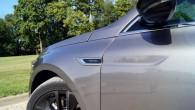 S-Edition atšķirības zīme ir šiltīte uz priekšējā spārna