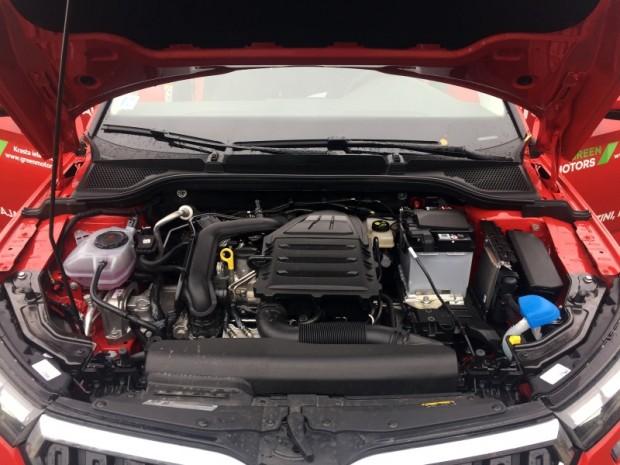 Ikdienišķai braukšanai pilnīgi pietiekams ir pat trīscilindru TCE 115 1,0 litra tilpuma motors