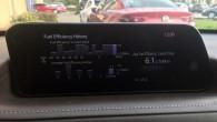 """""""AutoMedia Latvia"""" brauciena vidējais dgvielas patēriņš pēc borta datora aprēķina bija 6,1 litrs benzīna uz 100 km. Naskam divlitru motoram ar hibdrīsistēmas palīdzību nav slikti"""