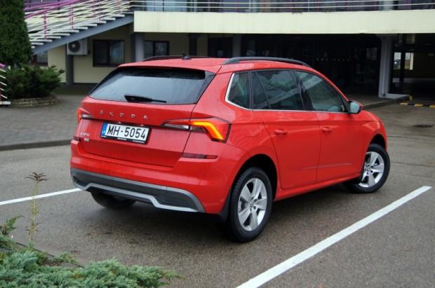 """Eksterjerā ir daudz līdzību  ar hečbeku """"Škoda Scala"""""""
