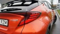 10-Toyota C-HR 2020