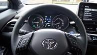 24-Toyota C-HR 2020