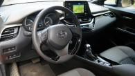 30-Toyota C-HR 2020