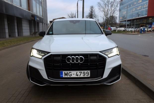 """""""Audi Q7"""" nos kata palicis dikti dusmīgs"""