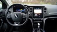 14-Renault Megane E-TECH