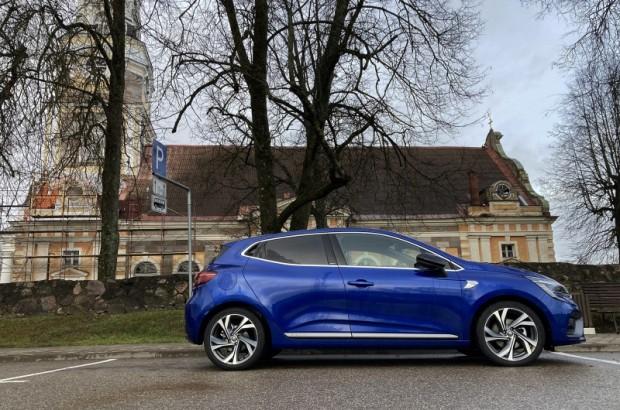 30-Renault Clio E-TECH Hybrid