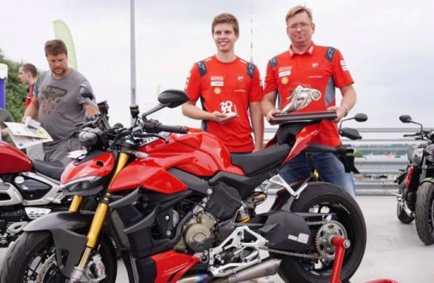 Gada moto Grand Prix 1